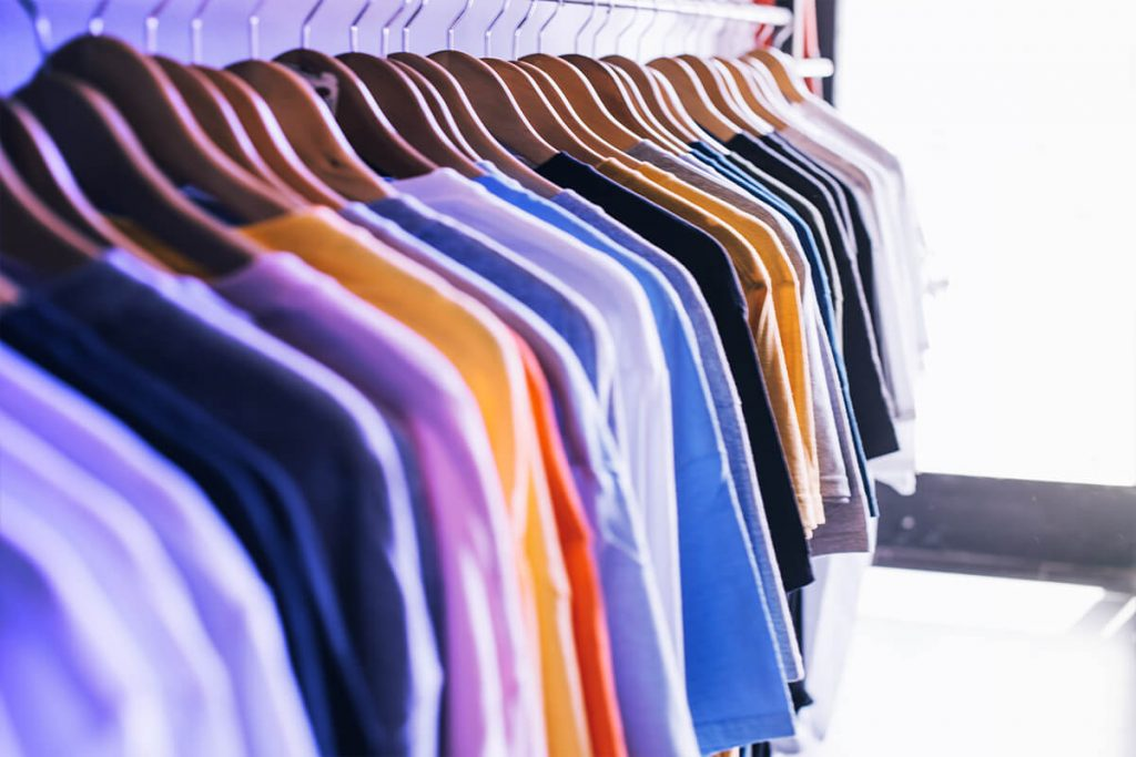 Top 6 Craigslist alternatives to sell preloved clothes